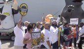 Trabajadores de Miami piden a demócratas y republicanos extensión de los $600 por desempleo