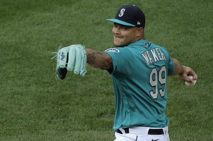 Con buena labor de Walker, Marineros se imponen