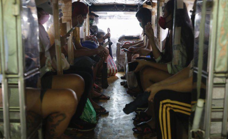 Casos de coronavirus superan los 100.000 en Filipinas