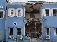 los habitantes de beirut lloran la devastacion de la ciudad