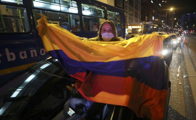 ¿Héroe o villano? En Colombia, Álvaro Uribe es ambos