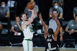 williams y brown lideran triunfo de celtics sobre nets