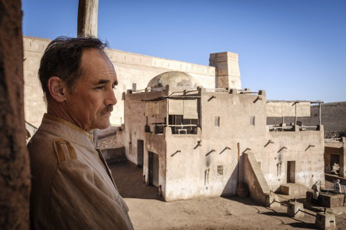 Reseña: Estupendo Rylance eleva Waiting for the Barbarians