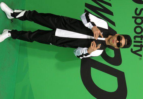 Rapero mexicano MC Davo encuentra fuerza en la unión