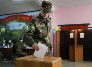 bielorrusia: chocan policias y manifestantes tras comicios