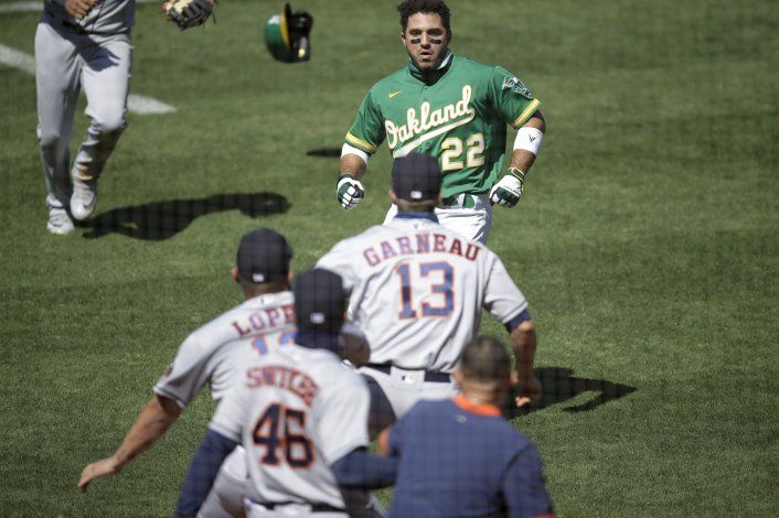 Pleito opaca triunfo de Oakland ante Astros; su 9no seguido