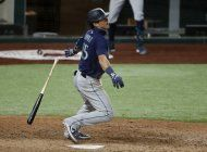 seager conecta un grand slam, seattle arrolla a rangers 10-2
