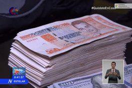 regimen confisca mas de un millon de pesos a supuestos traficantes de divisas