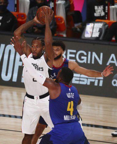 Clippers vencen a Nuggets y aseguran 2do puesto del Oeste