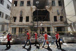 libaneses exhiben espiritu solidario tras explosion