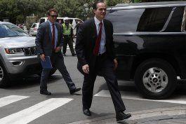 elegido el cubano-americano mauricio claver-carone presidente del banco interamericano de desarrollo