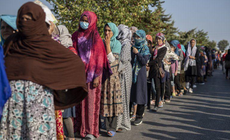 Grecia alojará a migrantes sin techo en los próximos días