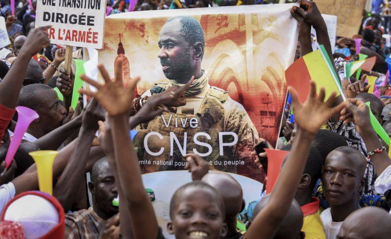 Oposición denuncia plan de la junta militar en Mali