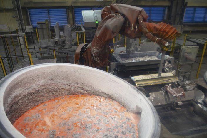 EEUU retira aranceles a aluminio canadiense