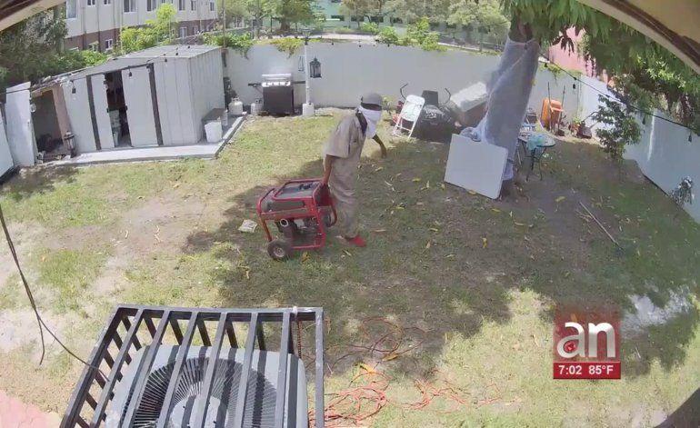 Familia de Miami ha sido víctima del mismo ladrón dos veces