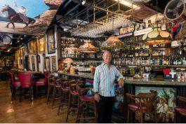 el bar-museo de la pequena habana, cubaocho se reinventa y abrira como restaurante