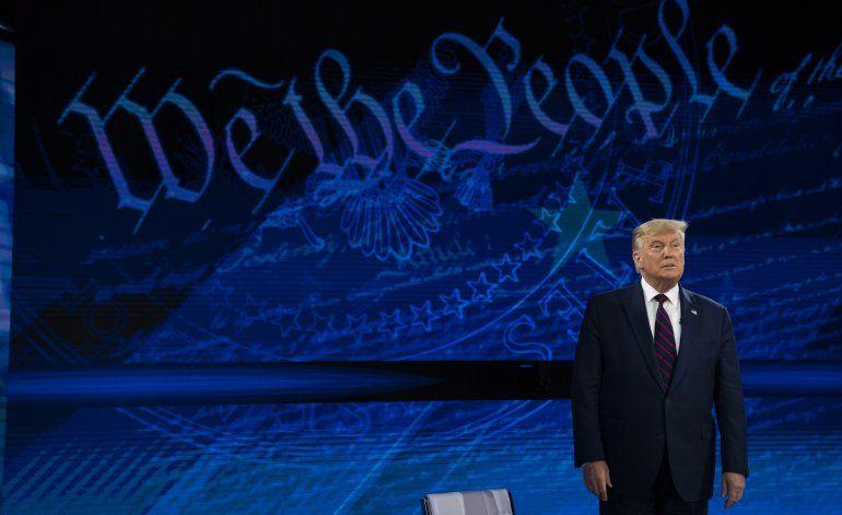Trump niega haberle restado importancia al coronavirus
