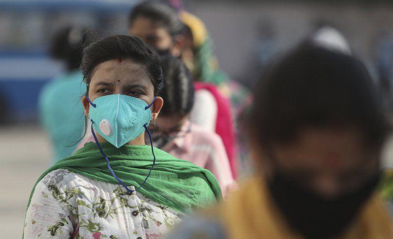 India supera 5 millones de casos de COVID-19, 82.000 decesos