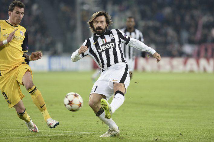 Juventus: Pirlo recibe su diploma de entrenador