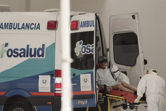 Prohíben exigir a salvadoreños prueba de COVID para ingresar