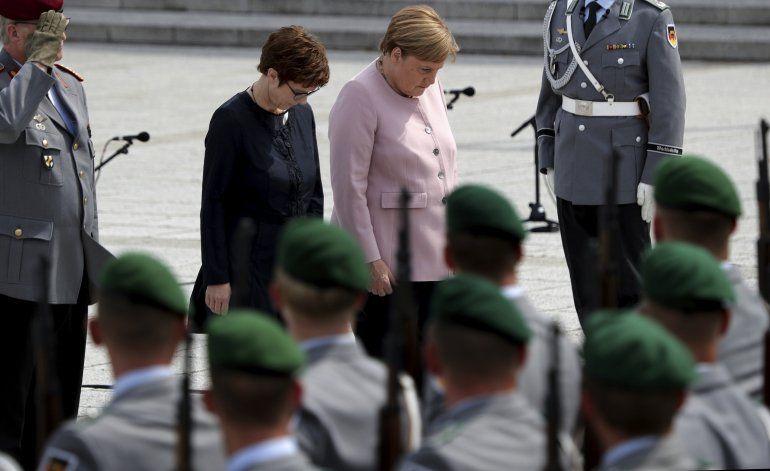 Alemania se disculpa por antigua homofobia en el Ejército