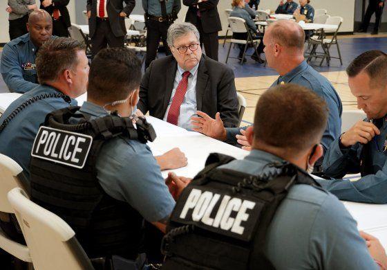 Mano dura contra detenidos en manifestaciones en EEUU