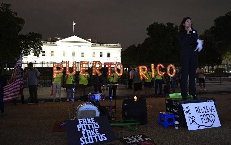 Trump anuncia ayuda a Puerto Rico al acercarse elecciones