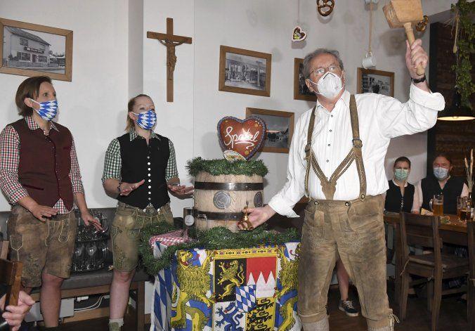Por coronavirus, los bávaros inician un Oktoberfest moderado