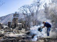 enorme incendio en california amenaza a mas de 1.000 casas