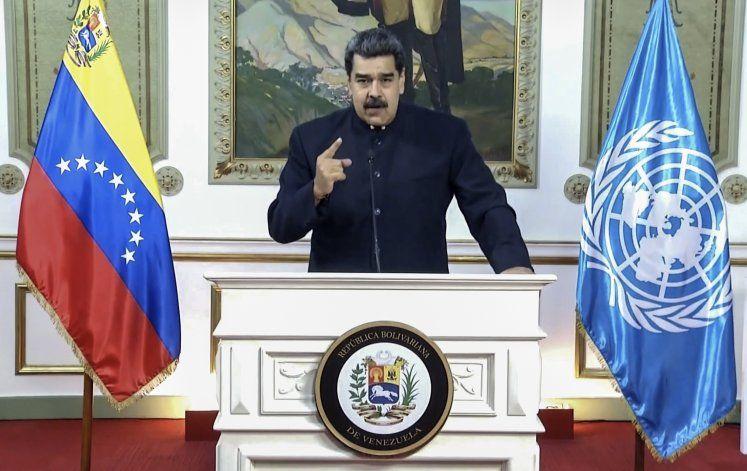 Maduro: Miles regresan porque vecinos no controlan COVID-19