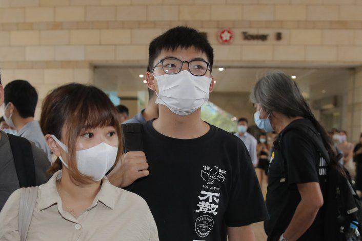Detenido por asamblea ilegal el activista hongkonés Wong