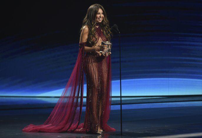 Thalía lanza serie online con Farina y Sofía Reyes
