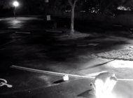captado en camara el momento en que un hombre prende fuego a una iglesia en broward