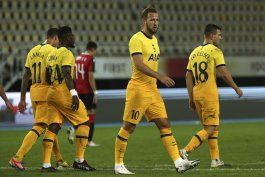 copa de la liga: avanza tottenham por covid-19 en club rival