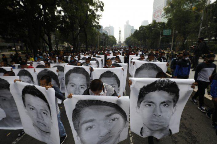 AP EXPLICA: Así va caso de los 43 estudiantes desaparecidos