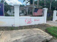 vandalizan con grafitis casas de simpatizantes de trump en el suroeste de miami