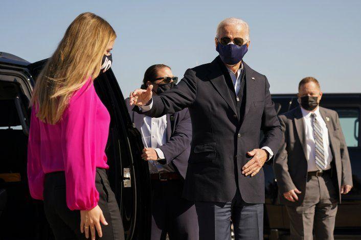 Trump y Biden buscan votos en recta final de la campaña