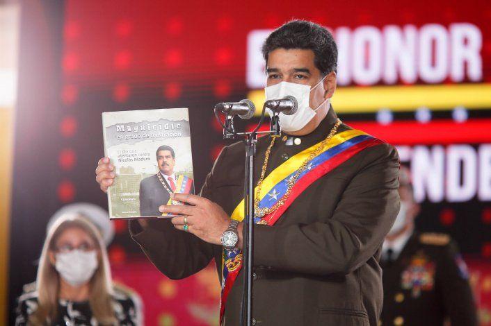 Especialistas señalan que en Venezuela hay un Estado forajido comandado por Nicolás Maduro