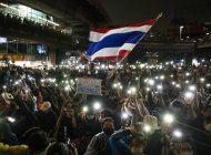 tailandia intenta censurar la cobertura de las protestas