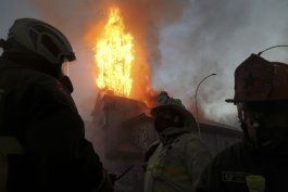 quema de iglesias en chile despierta repudio generalizado