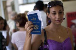 el gobierno cubano dice que esta en analisis la reduccion del precio del pasaporte y sus prorrogas