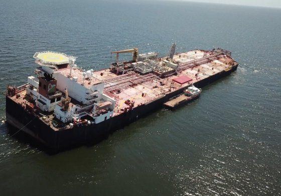 Trasiego de la carga del crudo del buque NABARIMA disminuirá riesgo de derrames petroleros en el golfo de Paria