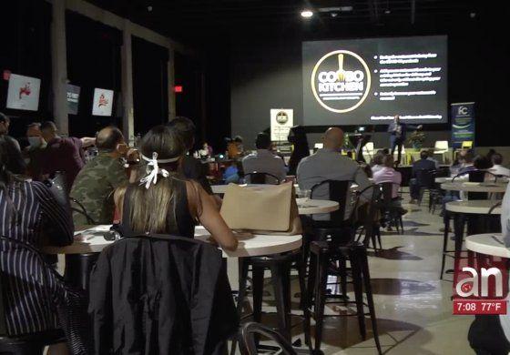 Panel de discusión entre dueños de restaurantes y políticos de Miami