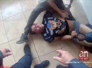 la policia dio a conocer las imagenes del arresto de un joven en su vivienda localizada en opa-locka