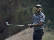 colombiano munoz, lider en torneo zozo de golf en california