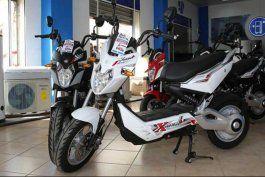 casi 1.000 dolares: eso cuestan las motos electricas vietnamitas que vende el gobierno