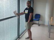espana niega asilo politico a cubano varado