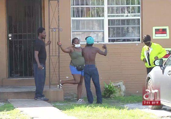 Autoridades investigan un tiroteo en donde murió un joven