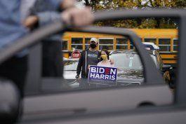 biden echa de menos cercania con votantes