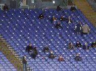 italia vuelve a prohibir hinchas en los estadios